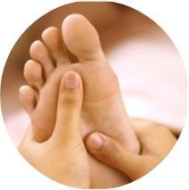 foot massage, sri sri ayurveda
