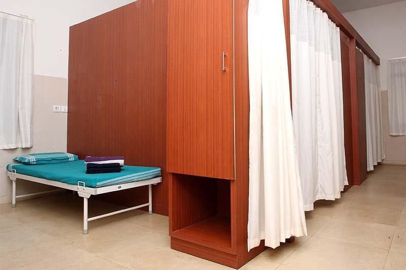 facility in sri sri ayurveda hospital 4